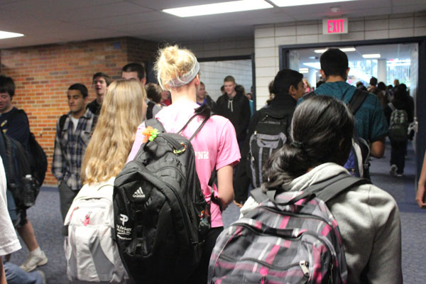 Students express discontent with heavy backpacks