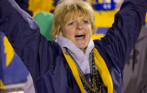 Mama Nelson gets loud with Titan Nation