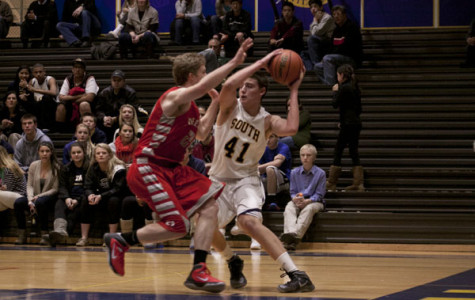 Basketball bounces back from previous losses