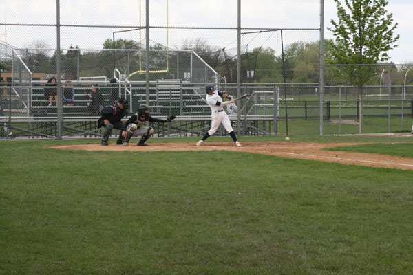 Baseball dominates CSL conference with 13-1 record