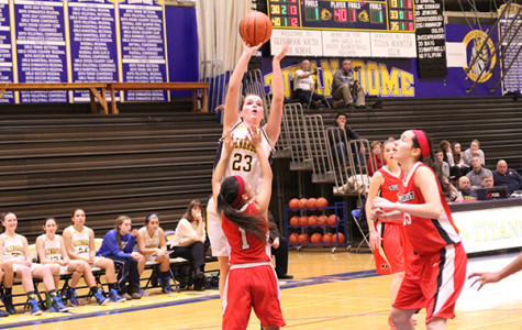 Girls basketball feeds off strong start