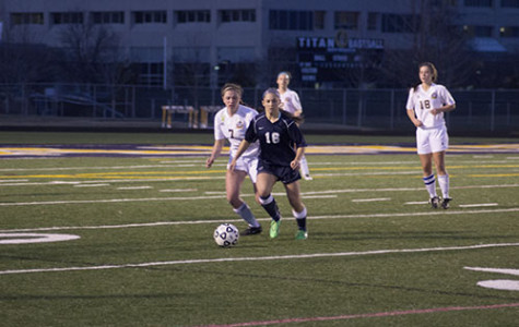 Women's soccer motivated for success by Ha, Chavez