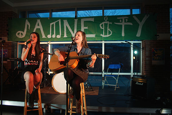 Jamnesty merges musical performances and activism