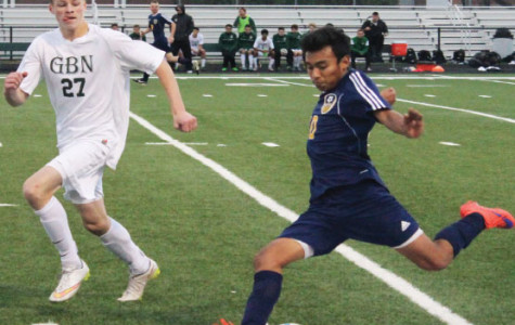 Men's soccer loses to GBN in shootout