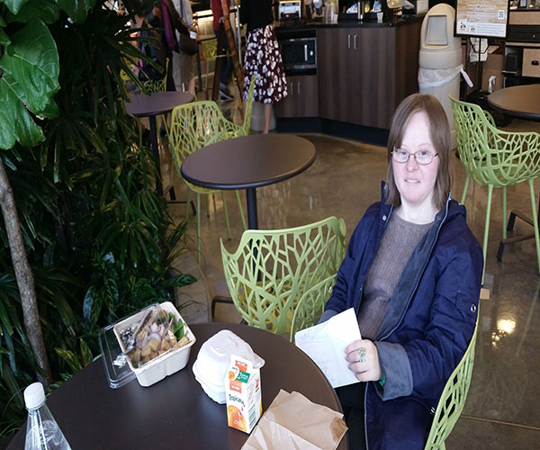 LUNCHIN' LISA: Sitting down for a lunch break, senior Lisa Krupinski takes her weekly trip to the grocery store. She will be honored at the Council for Exceptional Children (CEC) conference in April for receiving the annual Yes I Can Award.