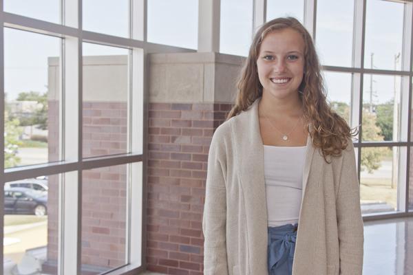 Hailey Hauldren: Assistant Features Editor