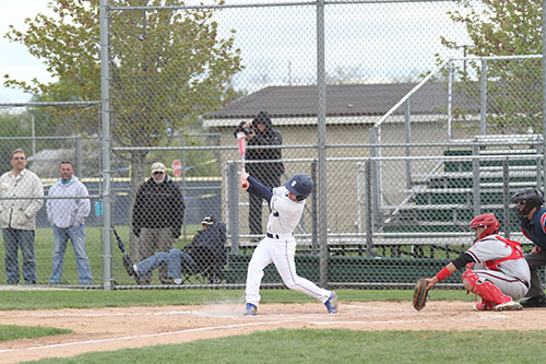 Baseball leads conference, mentally prepares for playoffs