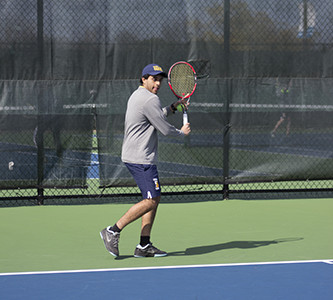 Men's tennis looks to boost current record