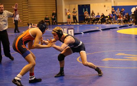 Men's wrestling strives to improve for Sectionals