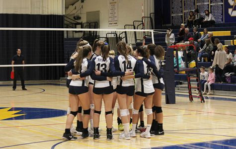 Girls' volleyball overcomes team struggles