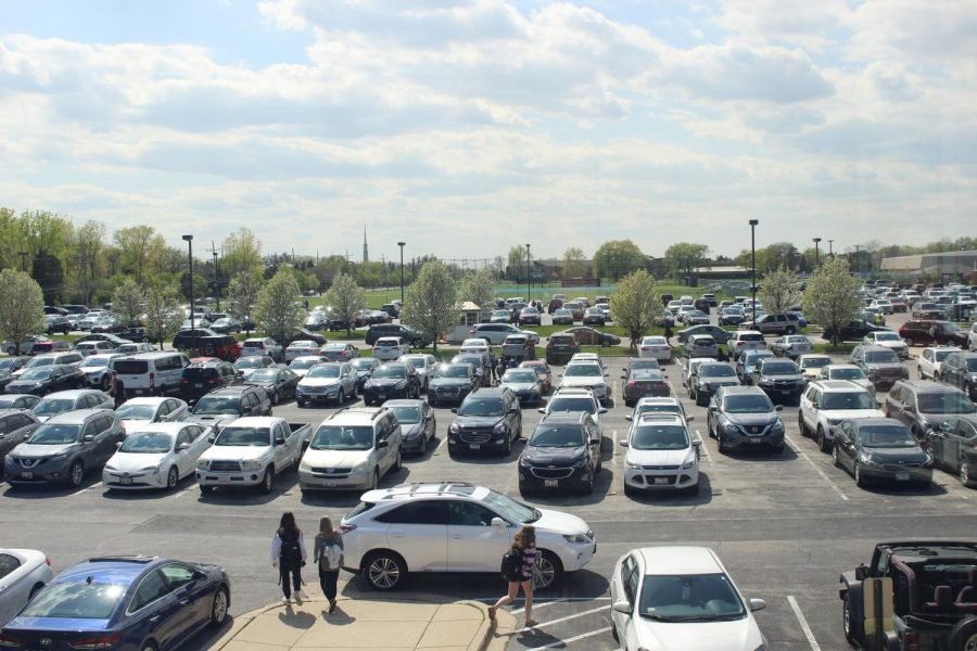 Painful+Parking%3A+++Selling+out+in+three+minutes%2C+there+were+200+parking+spots+available+for+juniors.+The+Glenview+Ice+Center+is+typically+avail++++++++++%0Aable+for+students%2C+however+it+is+not+distributing+parking+this+year+due+to+renovations.+Another+location+that+students+use+is+the+temple%2C+but+it+sells+%0Aonly+30+spots.+